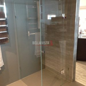 Frameless Crystal Clear Shower Screen 900mm x 900mm